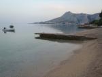 Omiš - pláž brzy ráno